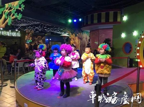 儿童高尔夫,儿童主题餐厅,儿童书店,儿童服饰,母婴产品,儿童轮滑,室内