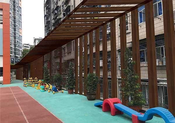十堰市商务局幼儿园防高空抛物廊架项目公示