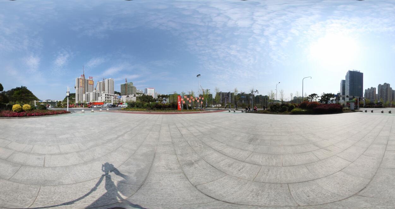 龙城府邸周边街景